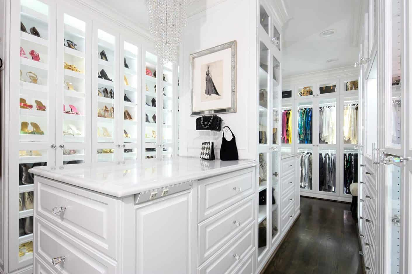 Walk in Closet Island - White