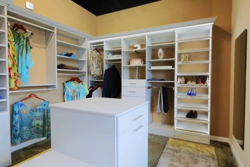 Walk in Closet - Folkstone Gray