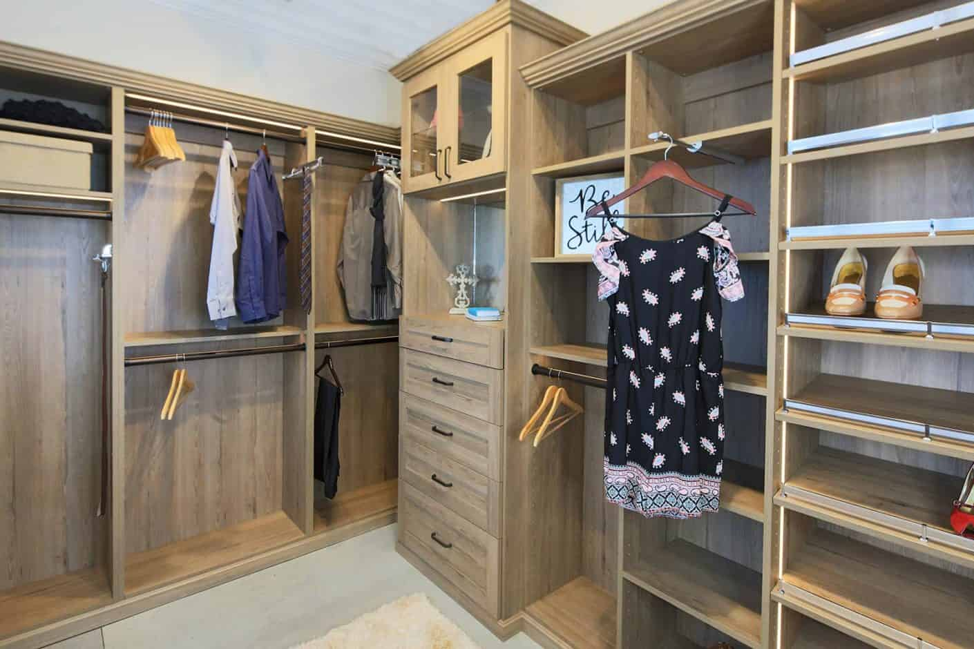 Walk in Closet - Signature