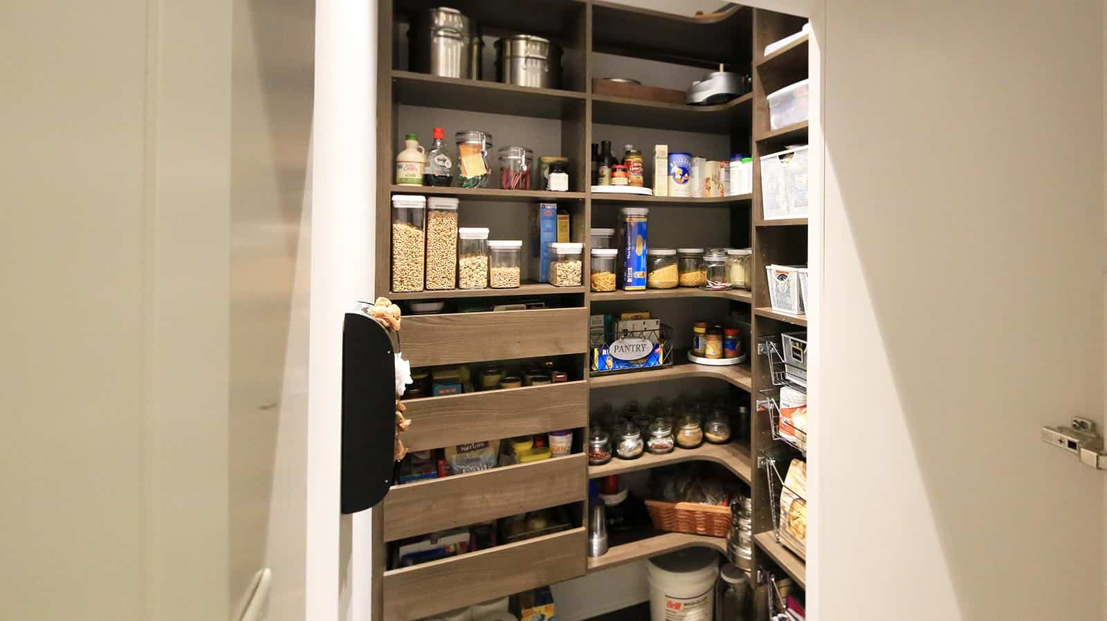 Pantry - Habersham Elm