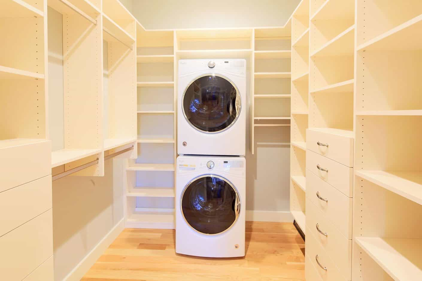 Laundry Room - Linen